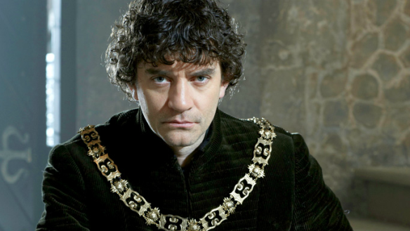 Lord Warwick (James Frain)