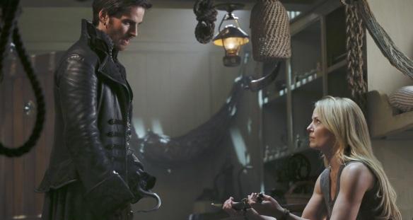 Hook ed Emma (Colin O'Donoghue e Jennifer Morrison)