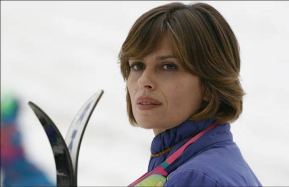 Angela (Claudia Pandolfi)