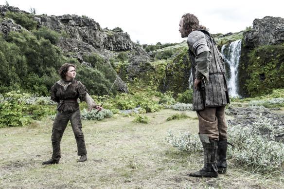 Lo scontro tra Arya e Il Mastino