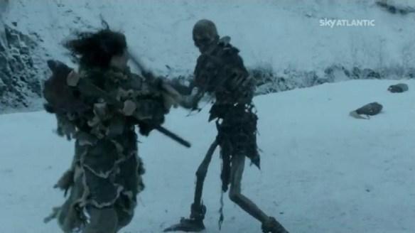 Meera vs lo scheletro
