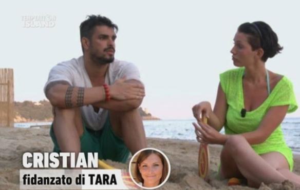 """Cristian fa il provolone con la """"single vattelappesca"""""""