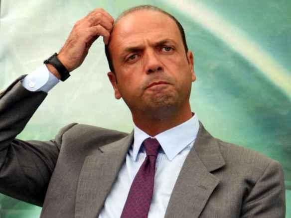 Il Ministro dll'intrno Anglino Alfano
