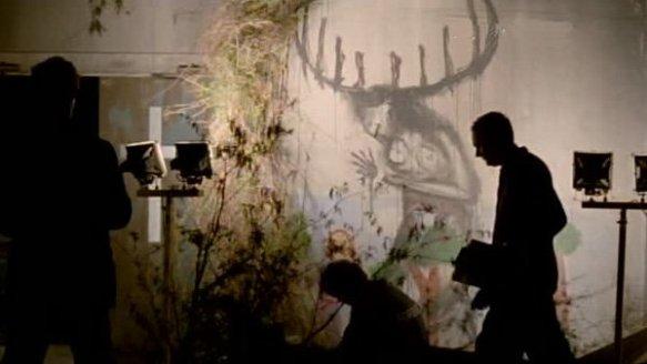"""Maty  scoprono il macabro disgno raffigurant il """"sacrificio"""" della vittima"""
