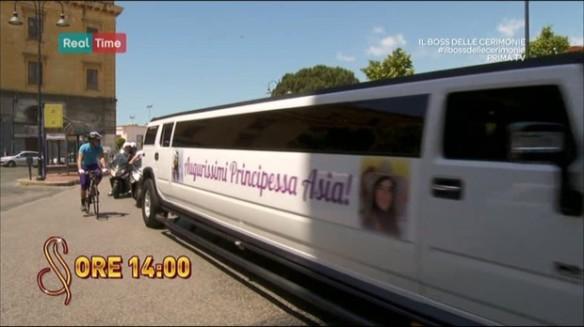 Il Boss delle Cerimonie: la limousine