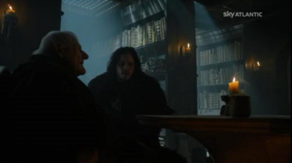 Mastro Aemon prova a svegliare Jon
