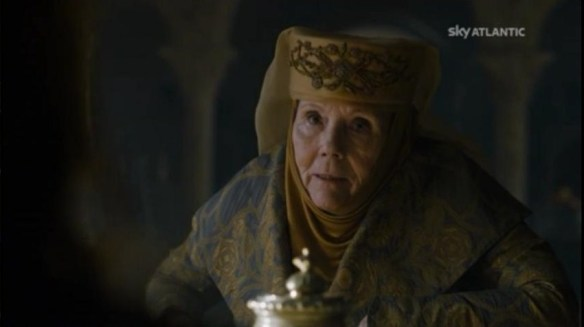 Lady Olenna vs Cersei