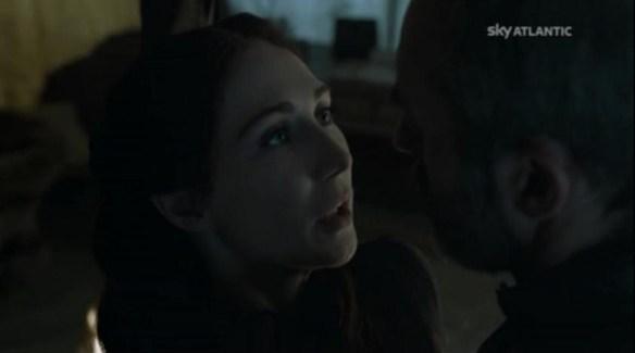 Stannis e Mlisandr discutno del barbcu di Pasquetta